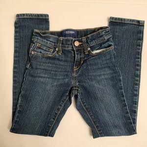 OLD NAVY Skinny girl jeans. Size 8